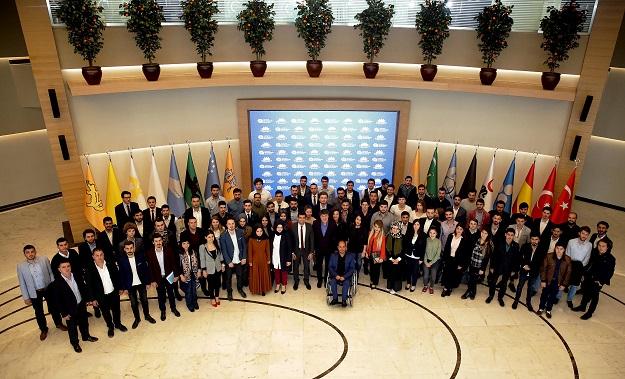 Antalya Büyükşehir Gençlik Meclisi ilk toplantısını yaptı