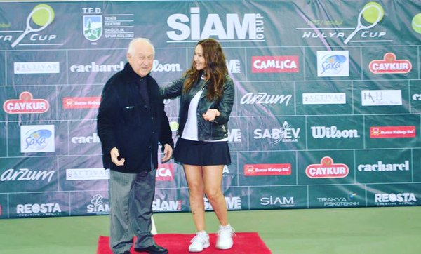 Estetik International Hülya Avşar Cup Senior Tenis Turnuvası