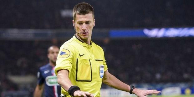 FENERBAHÇE'YE BİR DARBEDE UEFA'DAN O HAKEM...