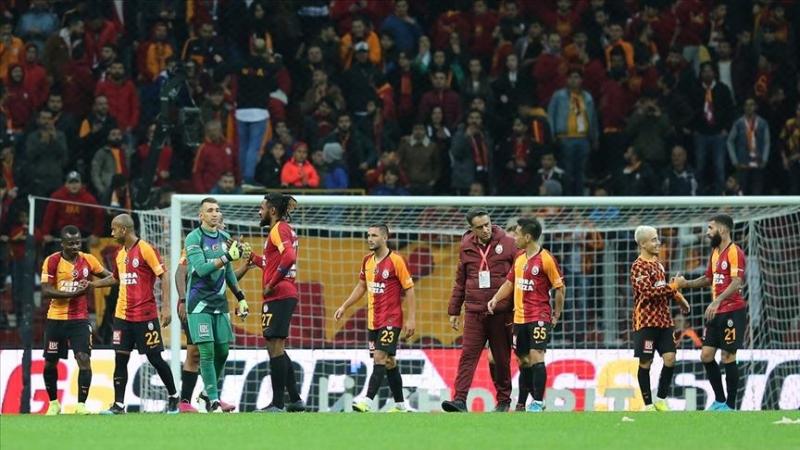 Galatasaray'da gözler yeni sezona çevrildi.