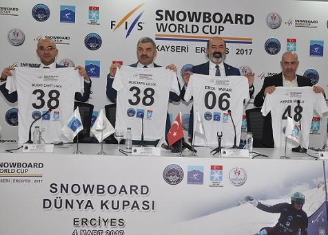 SNOWBOARD DÜNYA KUPASI LANSMANI TSYD'DE GERÇEKLEŞTİ