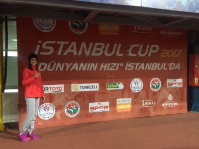 Damla Çelik Atletizmde Türkiye Şampiyonu Oldu