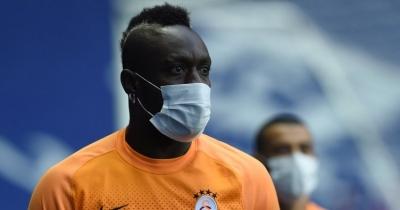 Galatasaray'da Mbaye Diagne cezayı yedi!