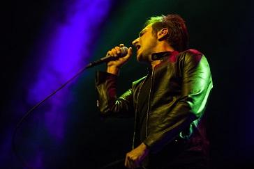 Teoman, 'Vestel Gururla Yerli Konserleri' kapsamında Zorlu PSM'deydi